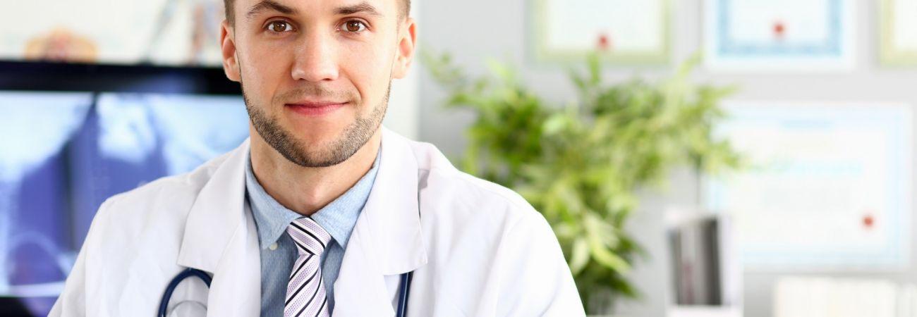 Qual médico trata o dependente químico?
