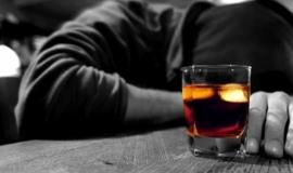 Porque o Álcool é uma Droga tão Perigosa
